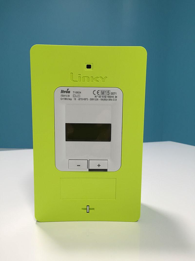 L'installation progressive du nouveau compteur électrique Linky fait polémique chez les usagers